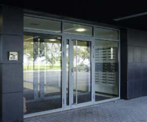 terasprofiilidest uksed aknad ja senad l door master eesti o. Black Bedroom Furniture Sets. Home Design Ideas